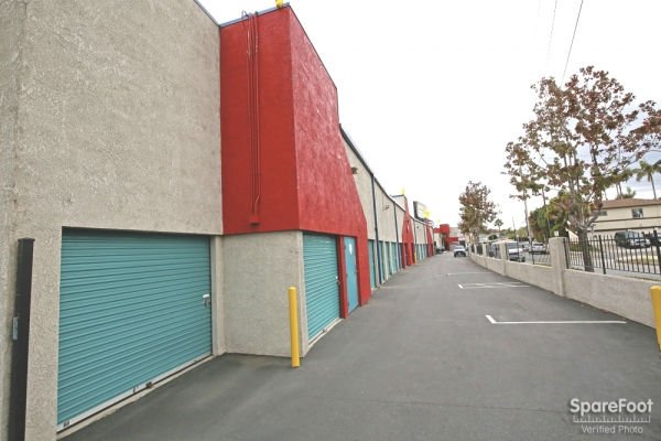 US Storage Centers - Inglewood - Photo 6