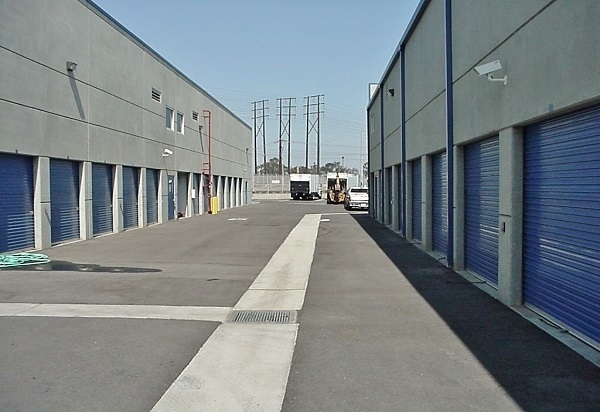 US Storage Centers - Hawthorne - Photo 2