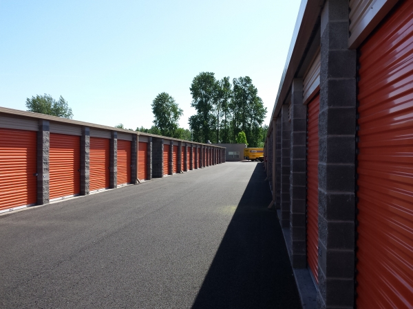 Troutdale Airport Storage - Photo 3