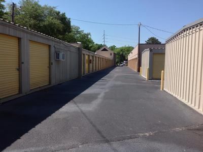 Uncle Bob's Self Storage - Mt Pleasant - Photo 3