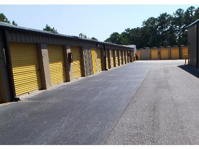 Uncle Bob's Self Storage - Marietta - Williams Dr - Photo 4