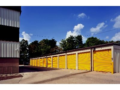 Uncle Bob's Self Storage - Gaithersburg - Photo 5