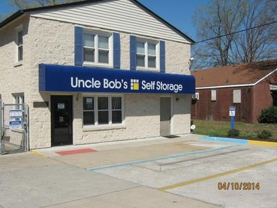 Uncle Bob's Self Storage - Newport News - Jefferson Ave - Photo 1