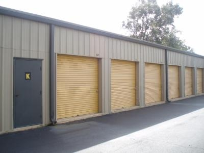 Uncle Bob's Self Storage - Pensacola - E Fairfield Dr - Photo 8