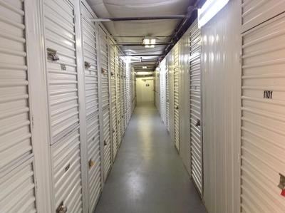 Uncle Bob's Self Storage - Tampa - W Columbus Dr - Photo 8