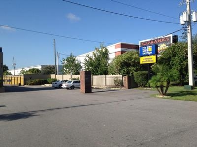 Uncle Bob's Self Storage - Orlando - 4066 Silver Star Rd - Photo 1