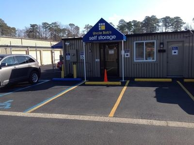 Uncle Bob's Self Storage - Newport News - J Clyde Morris Blvd - 473 J Clyde Morris Blvd, Newport News VA 23601 - Road Frontage