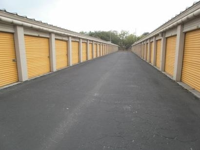 Uncle Bob's Self Storage - Tampa - W Waters Ave - Photo 3