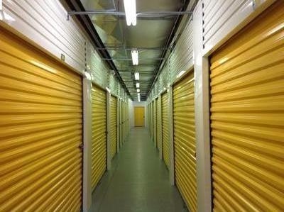 Uncle Bob's Self Storage - Bedford - Broadway Ave - Photo 6