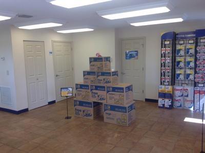 Uncle Bob's Self Storage - Tampa - E Hillsborough Ave - Photo 5