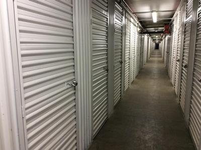 Uncle Bob's Self Storage - Salem - Highland Ave - Photo 8