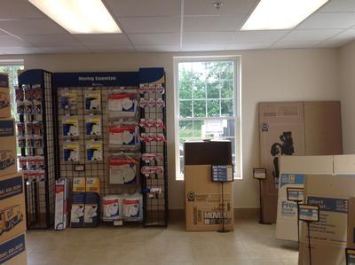 Uncle Bob's Self Storage - East Greenwich - S County Trl - Photo 9