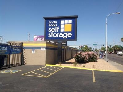 Uncle Bob's Self Storage - Phoenix - W Camelback Rd - Photo 1