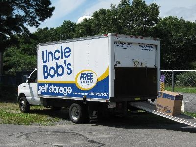 Uncle Bob's Self Storage - Sandwich - Photo 4