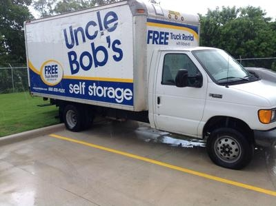 Uncle Bob's Self Storage - San Antonio - Hunt Ln - Photo 4