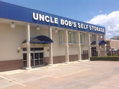 Uncle Bob's Self Storage - Dallas - Harry Hines Blvd - 4640 Harry Hines Blvd, Dallas TX 75235
