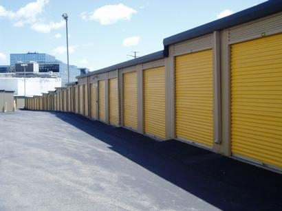 Uncle Bob's Self Storage - Stamford - Fairfield Ave - Photo 5