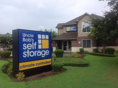 Uncle Bob's Self Storage - New Orleans - Photo 1