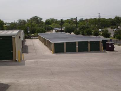 Uncle Bob's Self Storage - San Antonio - Broadway St - Photo 3