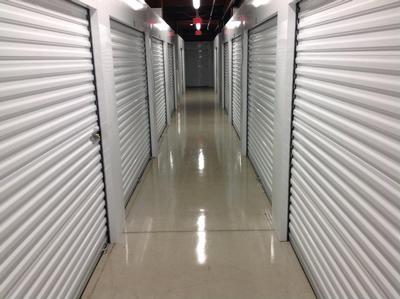 Uncle Bob's Self Storage - San Antonio - Broadway St - Photo 6