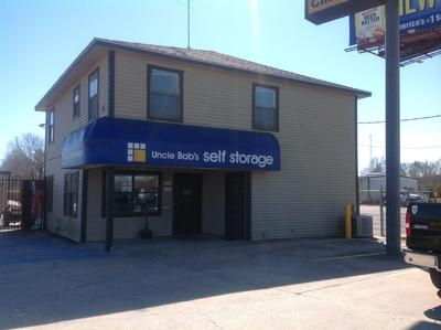 Uncle Bob's Self Storage - Lafayette - NE Evangeline Thwy - Photo 1