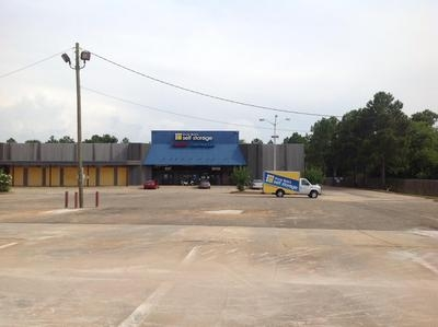 Uncle Bob's Self Storage - Montgomery - E South Blvd - Photo 4