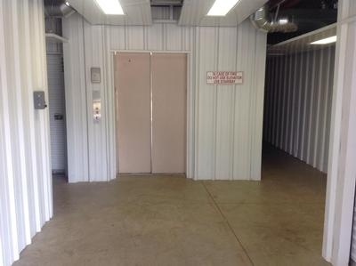 Uncle Bob's Self Storage - Columbus - Williams Rd - Photo 9