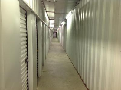 Uncle Bob's Self Storage - Columbus - Amber Dr - Photo 6
