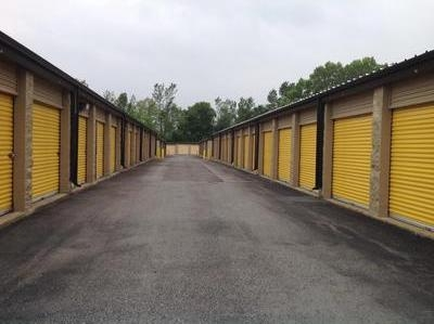 Uncle Bob's Self Storage - Lockport - Photo 3