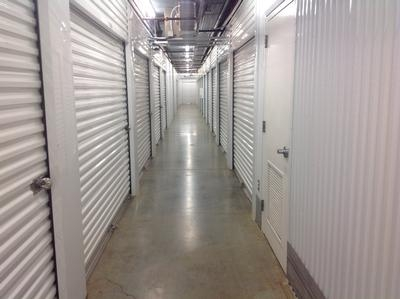Uncle Bob's Self Storage - Jackson - I 55 N - Photo 3