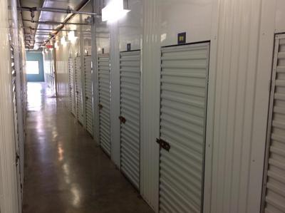 Uncle Bob's Self Storage - Dallas - Milton St - Photo 3