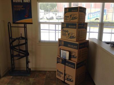 Uncle Bob's Self Storage - San Antonio - Jackson-Keller Rd - Photo 9