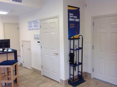 Uncle Bob's Self Storage - San Antonio - Jackson-Keller Rd - Photo 8