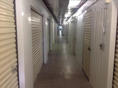 Uncle Bob's Self Storage - Houston - Long Point Rd - Photo 5