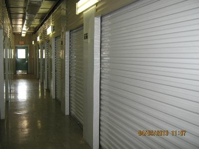 Uncle Bob's Self Storage - Garland - Broadway Blvd - Photo 3