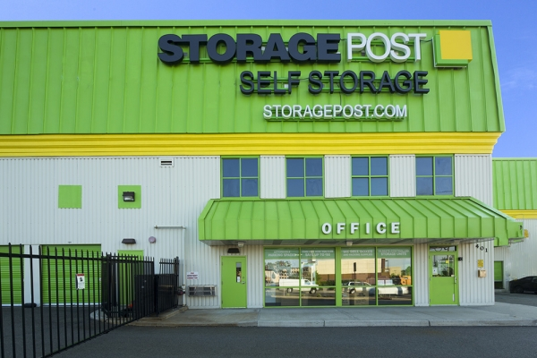 Storage Post Linden - 401 S Park Ave, Linden NJ 07036 - Storefront