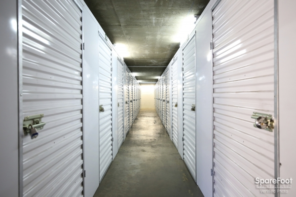 Enterprise Self Storage- Glendale - Photo 9