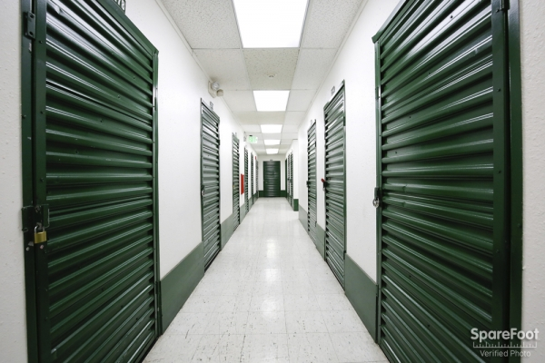 Enterprise Self Storage- Glendale - Photo 10
