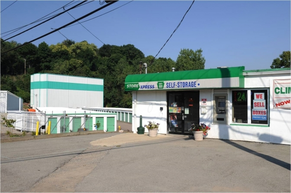 STORExpress New Kensington - 196 Coxcomb Hill Rd, New Kensington PA 15068 - Storefront
