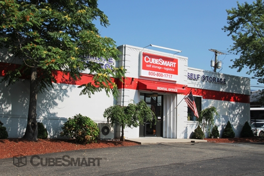 CubeSmart Self Storage - Photo 2