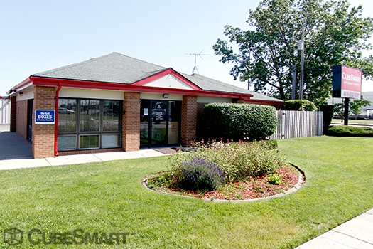 CubeSmart Self Storage - 1750 Busse Road, Elk Grove Village IL 60007
