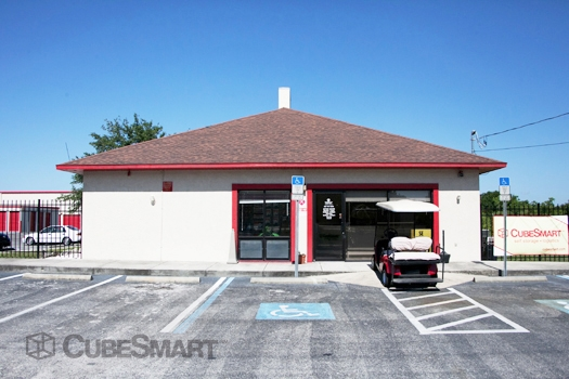CubeSmart Self Storage - 14902 North 12Th Street, Lutz FL 33549