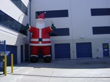 Santa Storage - Photo 3