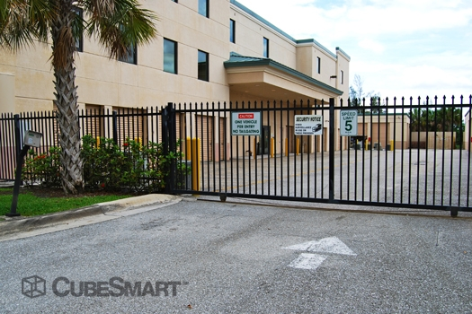 United Storage Royal Palm Beach - Photo 5