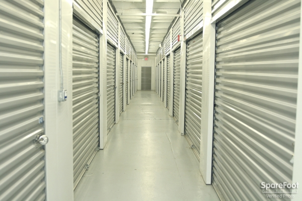 Medford Self Storage - Photo 6