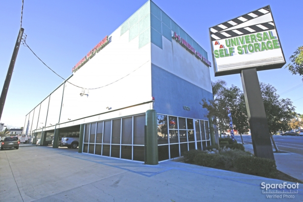 AA Universal Self Storage - 6121 Lankershim Blvd, North Hollywood CA 91606 - Siignage · Storefront