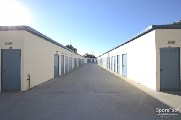 Golden State Storage - Gardena - Photo 8