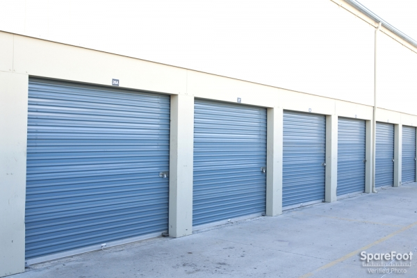 Golden State Storage - North Hills - Photo 5