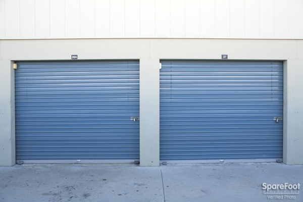 Golden State Storage - North Hills - Photo 6
