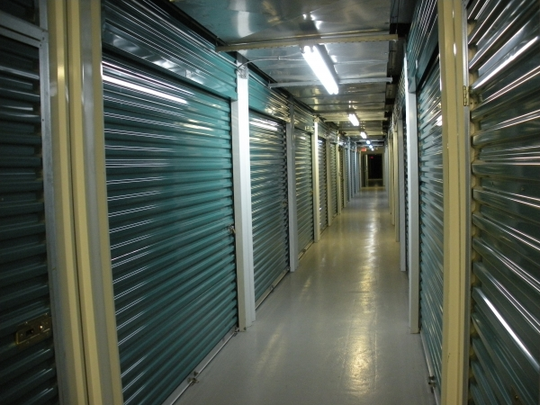 Access Self Storage of Oakland - Photo 4